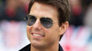 Tom Cruise Height, Weight, Age, Biography, Wiki, Salary, Wife, Family