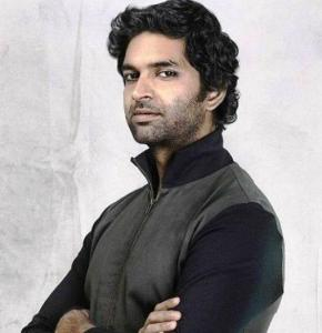 Purab Kohli Height, Weight, Age, Biography, Wiki, Wife, Family, Profile