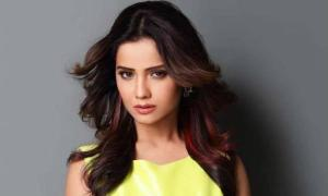 Adaa Khan Height, Weight, Age, Biography, Boyfriend, Net Worth, Facts