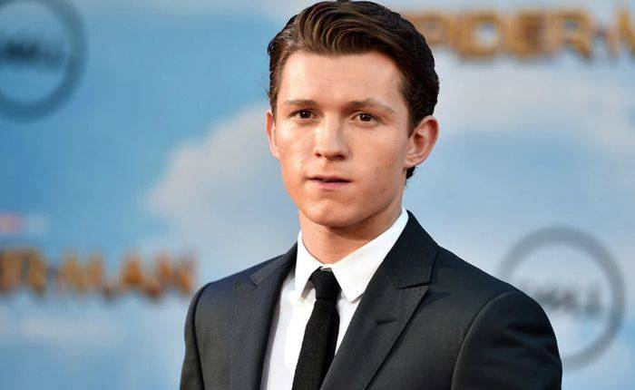 Tom Holland Height, Weight, Age, Wiki, Biography, Net Worth, Facts