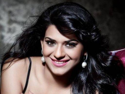 Poonam Preet Height, Weight, Age, Wiki, Biography, Husband, Family