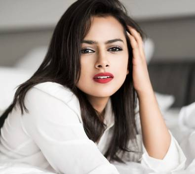 Shraddha Srinath Height, Age, Weight, Wiki, Biography, Family & More