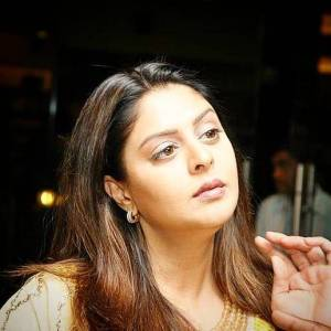 Nagma Height, Age, Weight, Wiki, Biography, Boyfriend & More