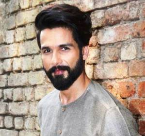 Shahid Kapoor Contact Address, Phone Number, House Address, Email ID