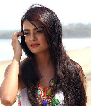 Surveen Chawla telephone number Address of the house