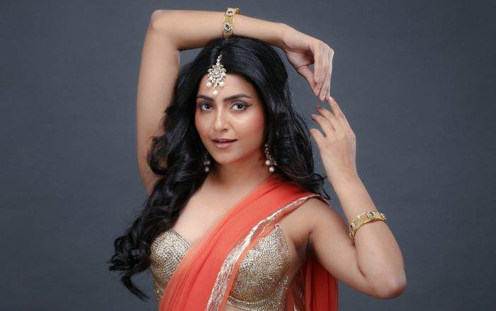 Avantika Mishra Lifestyle, Wiki, Net Worth, Income, Salary, House, Cars, Favorites, Affairs, Awards, Family, Facts & Biography