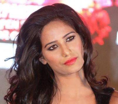Poonam Pandey Age, Height, Wiki, Biography, Husband, Family, Facts