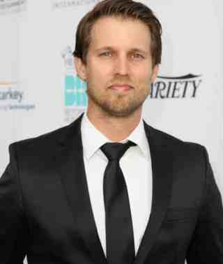 Facts About Jon Heder His Hair Color Net Worth TV Shows Career and Qualification Details