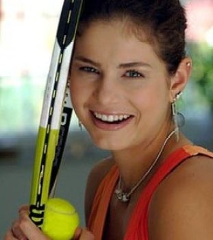 Julia Goerges is a German Tennis Player Her Career Profile Biography Favorite Things Body Measurements Height Weight Bra Size Net Worth Relationships