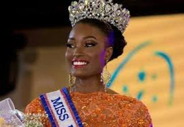 Miss Jamaica Davina Bennett Body Measurements Relationships Net Worth Bra Size Height Weight Biography Age Career Profile Favorite