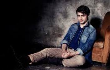 Daniel Jacob Radcliffe Net Worth Height Weight Shoe Relationship Career Profile Favorite Affairs Wiki Things An English Actor