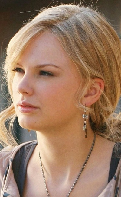 Taylor Swift Without Makeup Photos