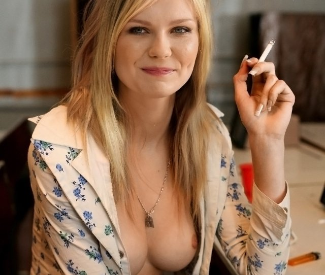 Kirsten Dunst Nude And Leaked Photos Hacked Phone Pics And Leaked Nudes