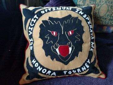 prize cushion 1