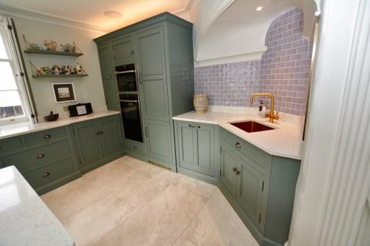Celfiderw Oakencraft Castle Kitchen21