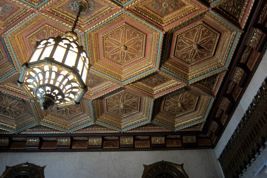 The coffered ceiling of Chicago's Pittsfield Building, © 2013 Celia Her City