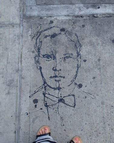 Line drawing on the pavement in Chelsea
