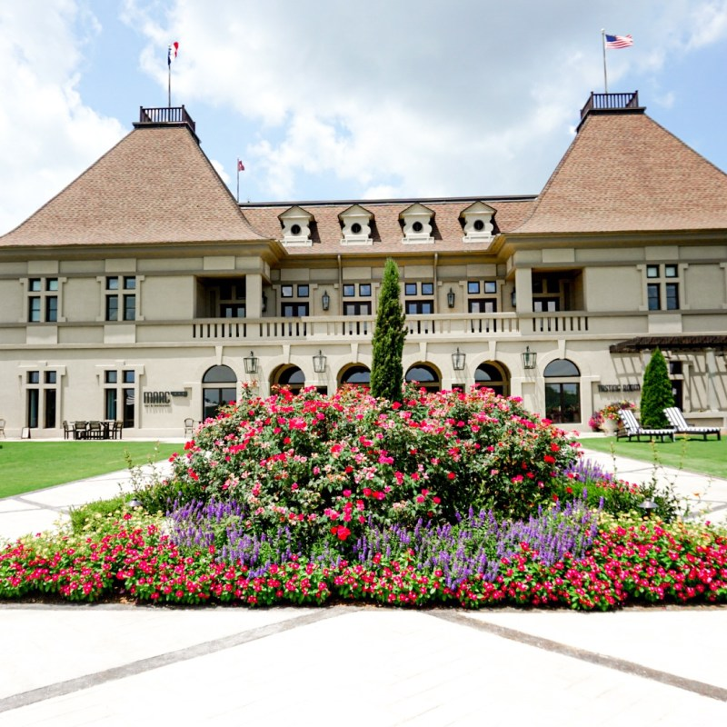 Travel Guide: Chateau Elan Winery and Resort