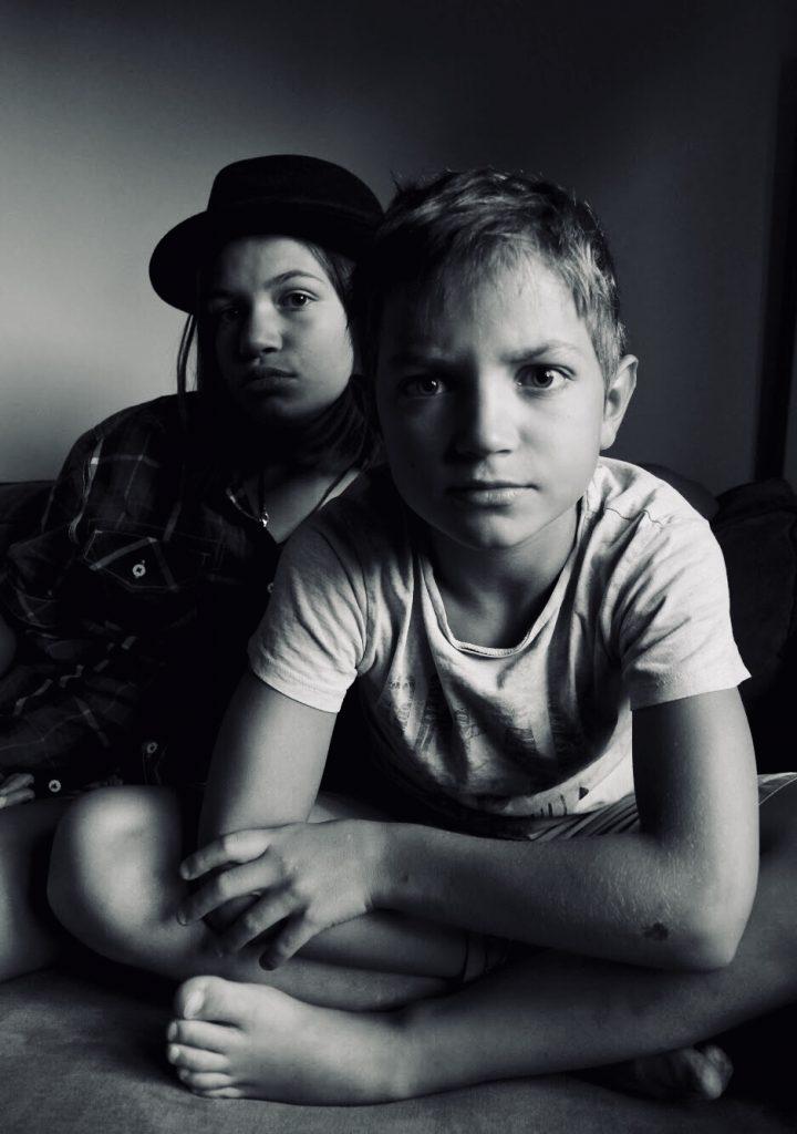 Portrait enfants en noir et blanc
