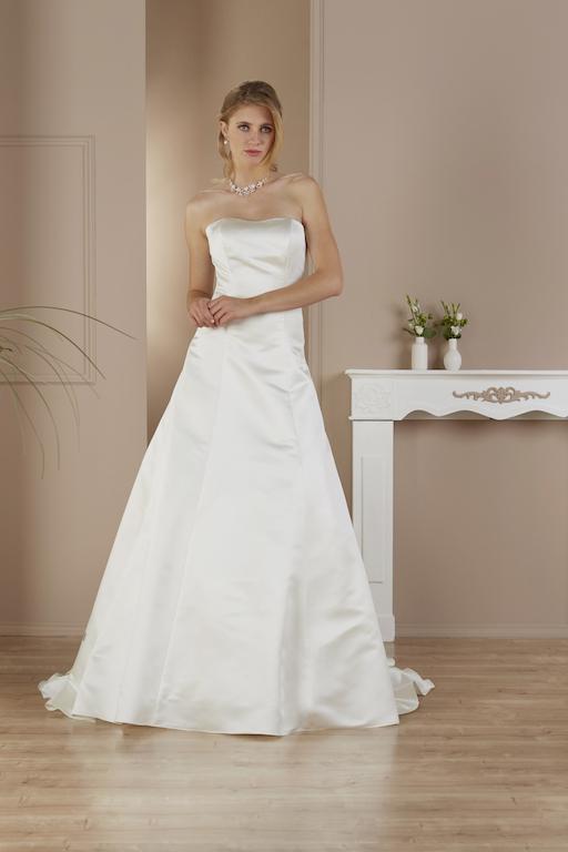 Celine See Brautshooting Fashionmodel deutsches Model Bridal Brautmoden4