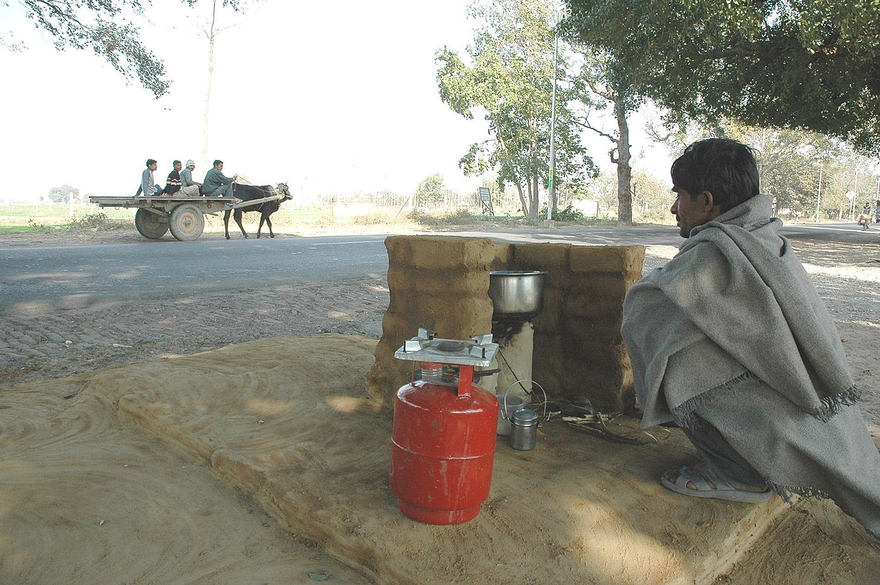 hot tea vendor in new delhi