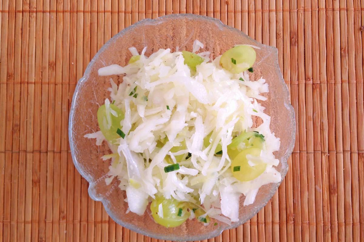Krautsalat mit Trauben