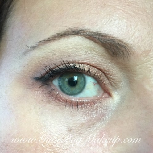 Come on, can you even with this shade?! 6- highlight/blend/base. 2 - transition and blending lower lash line. 3 - outer corner. 7 - lid. 9 - to soften the liner a bit. KVD Trooper liner. Benefit Rollerlash mascara. Anastasia Beverly Hills Dipbrow Pomade in Medium Brown.