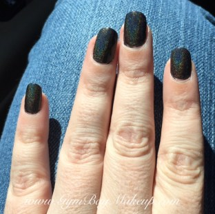 color_club_beyond_nail_swatch_2