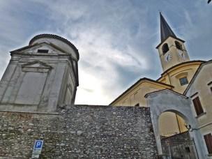 Insieme Parrocchiale e Torre con Battistero