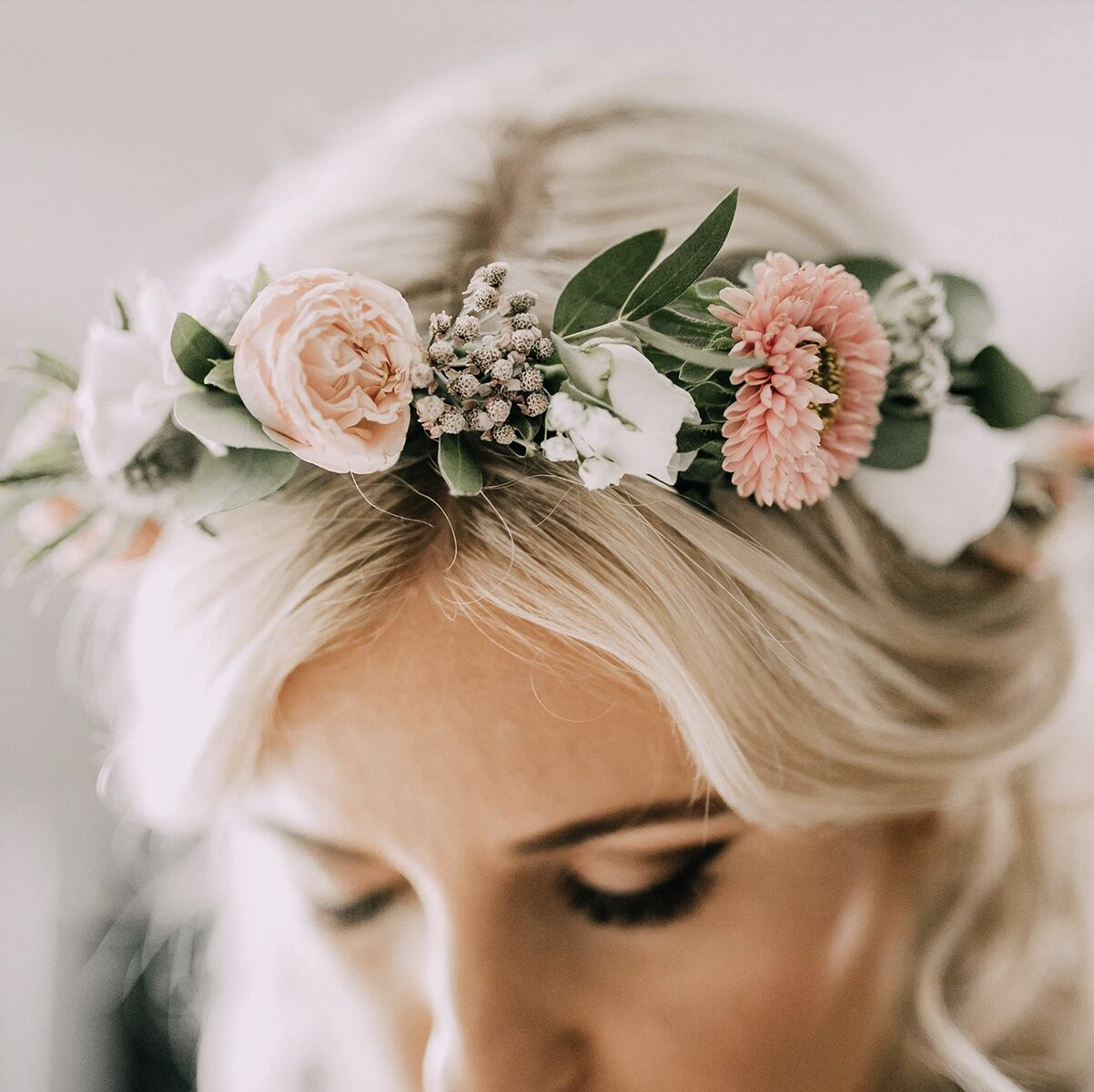 wedding-flowers-bridal-party-hair-crown-comb-packages-prices-cheap