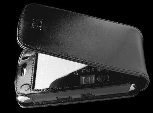 Sena Magnet Flipper Leather Blackberry Storm 2 Case