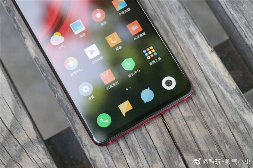 Sforum - Trang thông tin công nghệ mới nhất Xiaomi-redmi-k20-3 Cận cảnh Redmi K20 series: Làn gió mới trong phong cách tạo hình sản phẩm của Xiaomi