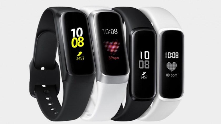 Sforum - Trang thông tin công nghệ mới nhất galaxy-fit Đồng hồ thông minh giá rẻ Samsung Galaxy Fit E, Fit lên kệ CellphoneS, giá chỉ từ 990,000đ