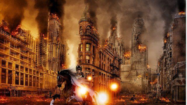 Es una foto apocaliptica destruccion y fuego enmedio de la ciudad