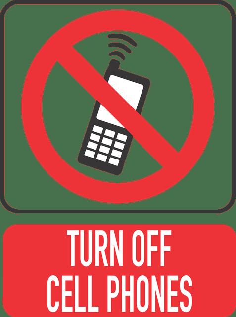 Es un cartel donde esta un telefono diciendo que se apaguen el celular