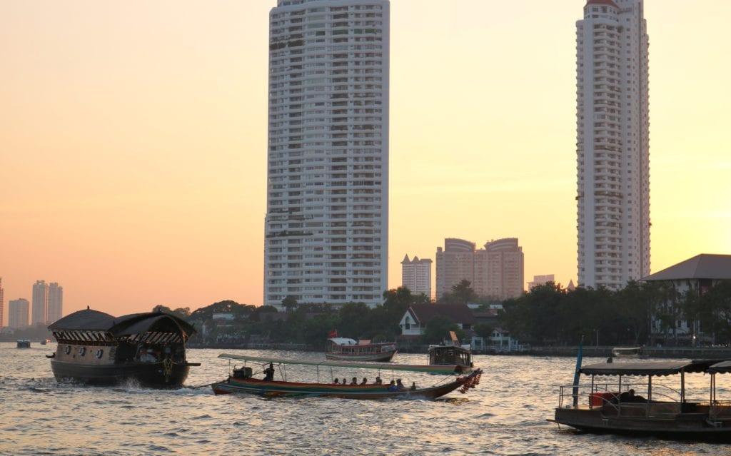 loy nava chao phraya river cruise
