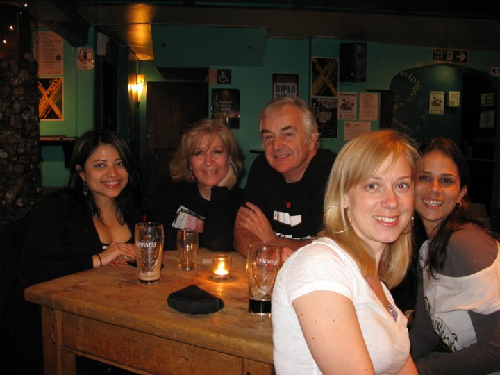 With Shelly Terrell, Ken Wilson, Tara Benwell and Cecilia Lemos meeting up on the first evening at Brighton before the start of the conference!