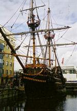 Segelschiff im Museumshafen von London (Foto: kuec)