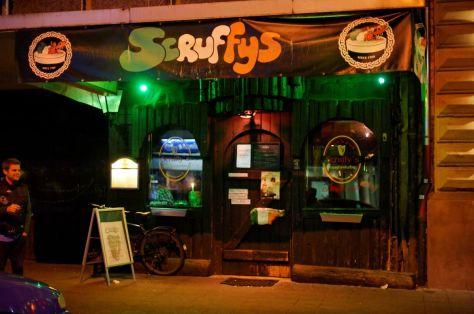 Außenansicht Scruffys Irish Pub