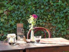 Cafe im Innenhof
