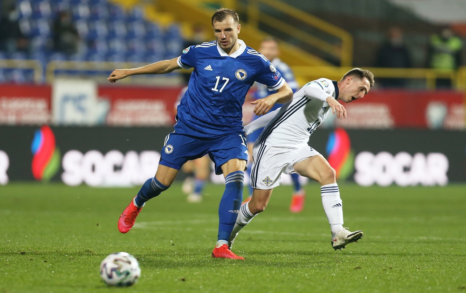Celtic Weigh Up Free Transfer Deal For 8 Cap International Defender