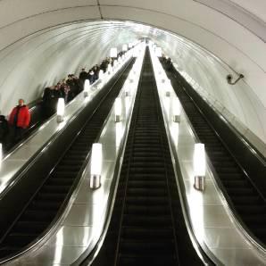 #escalator #stpetersburg #metro #russia