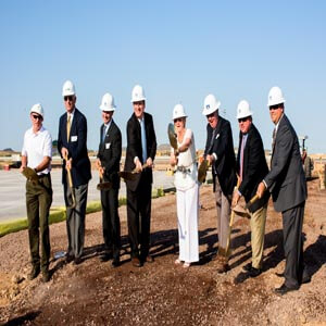 From L to R: Mike Edwards, Davis; Dirk Mosis, USAA Real Estate Co.; Rob Schaffer, USAA; Mayor Greg Stanton, City of Phoenix; Council Woman Thelda Williams, City of Phoenix; Pat Althoff, Metro Commercial Properties; Bruce Pedersen, USAA Real Estate Co.; Brad Smidt, GPEC