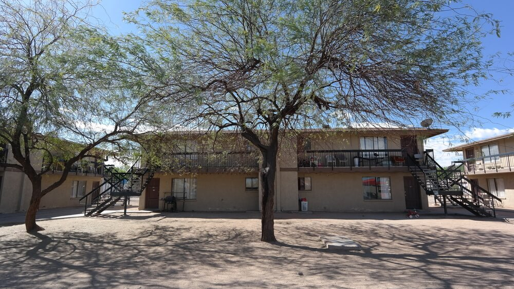 Multifamily Advisor Sells Complex for $1.35M in South Phoenix