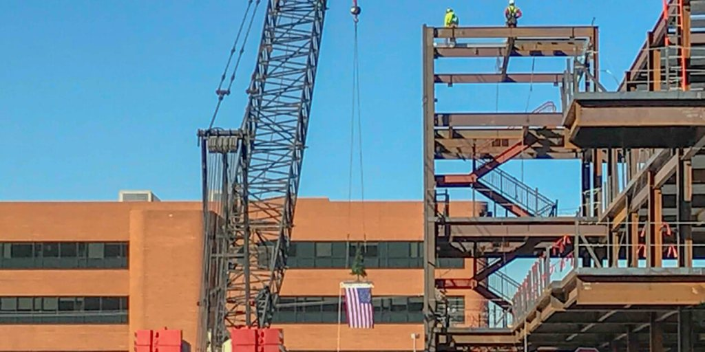 Kitchell tops off Banner Outpatient Cancer Center