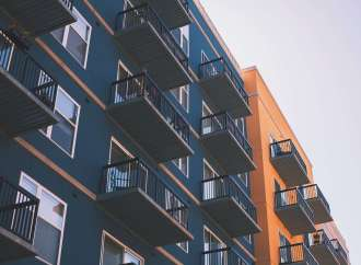 Strong Apartment Performance and Low Interest Rates Draw Buyers to Phoenix