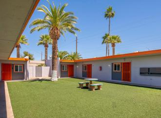 Marcus & Millichap Arranges the Sale of Palm Lane, a 16-Unit Apartment Community in Phoenix