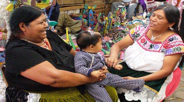 Enfoque tipológico de los múltiples rasgos de la coherencia discursiva en lenguas amerindias