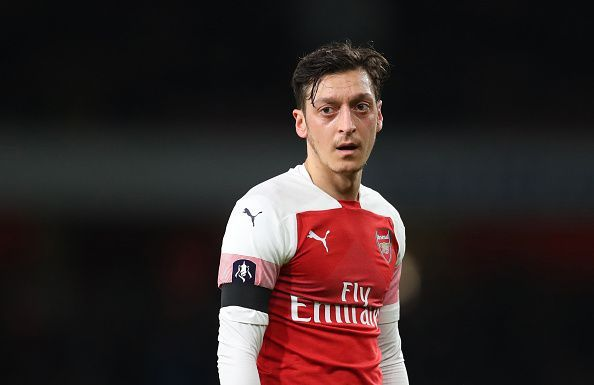 Emery puas dengan performa Ozil