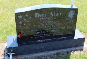 """Grave of Don Alan McWethy, """"one of the 100 most influential magicians of the 20th century,"""" according to Magic Magazine."""